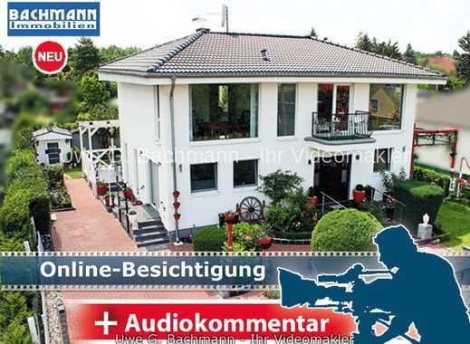 Berlin - Bohnsdorf: Exklusive Stadtvilla mit 8 Zimmern - UWE G. BACHMANN