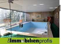 Exklusiver Bungalow mit Schwimmbad und