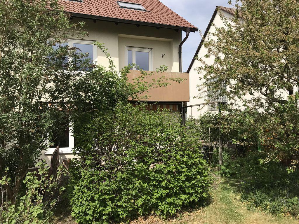 Hausansicht-Gartenseite1