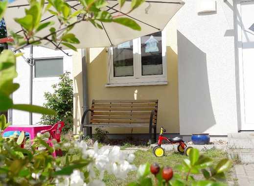 Rarität! exzellent ZENTRAL: Townhaus mit großem Garten und zwei Süd-West Terrassen