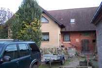 Bild Großes Wohnhaus mit Nebengelass großes Grundstück u.a.geeignet für Tierhaltung
