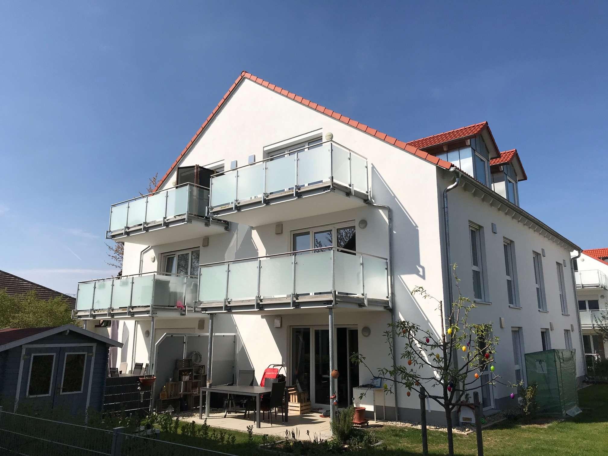 Helle und offene 3-Zimmer Obergeschosswohnung mit Balkon
