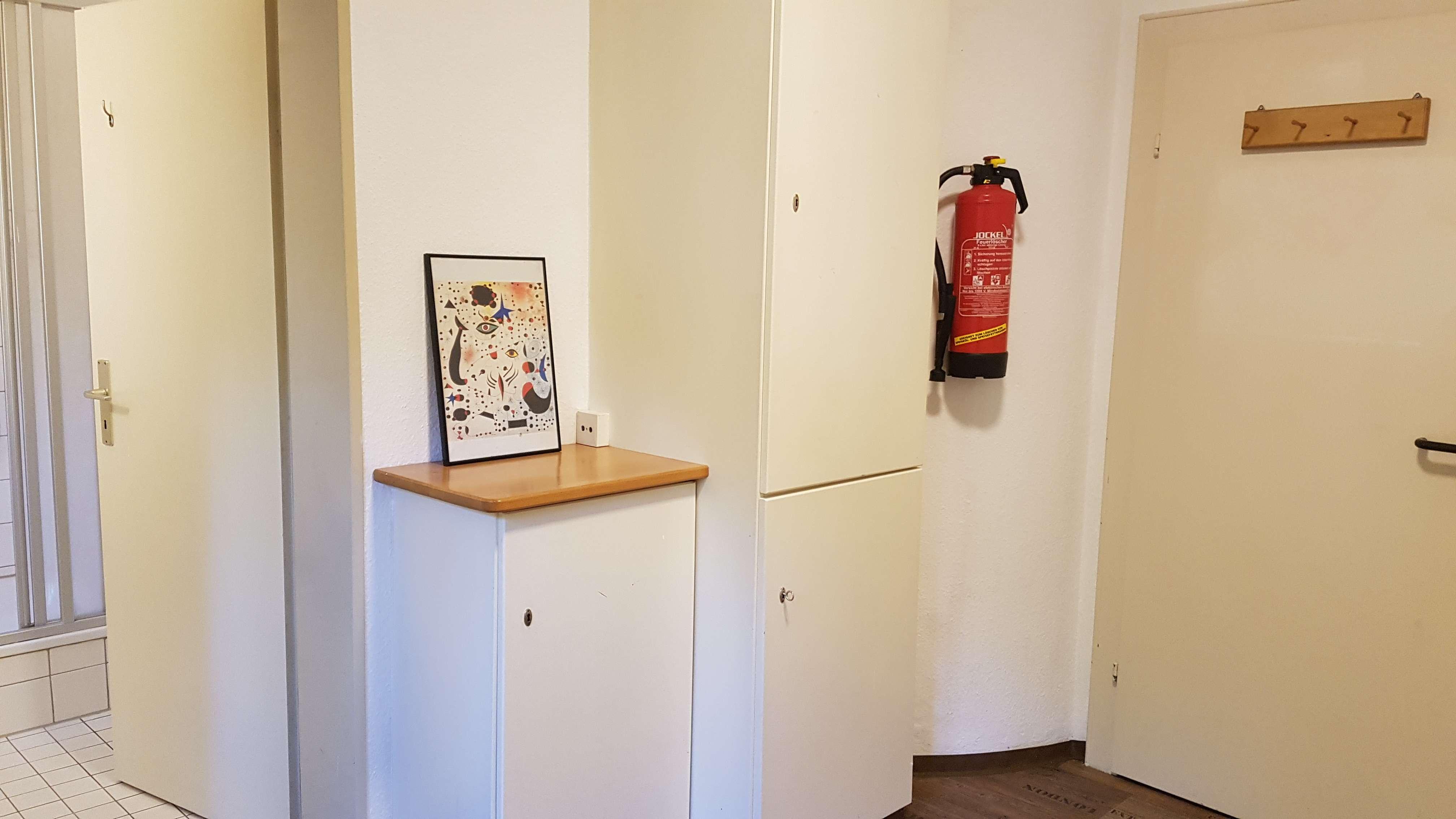 Teilmöblierte 1-Zimmer-Wohnung mit Gartennutzung und Pkw-Stellplatz bei Neumarkt
