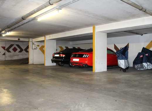 Stellplätze in sehr ruhiger Tiefgarage in 51467 GL zu vermieten z.B. Oldtimer, Cabrio, Motorrad