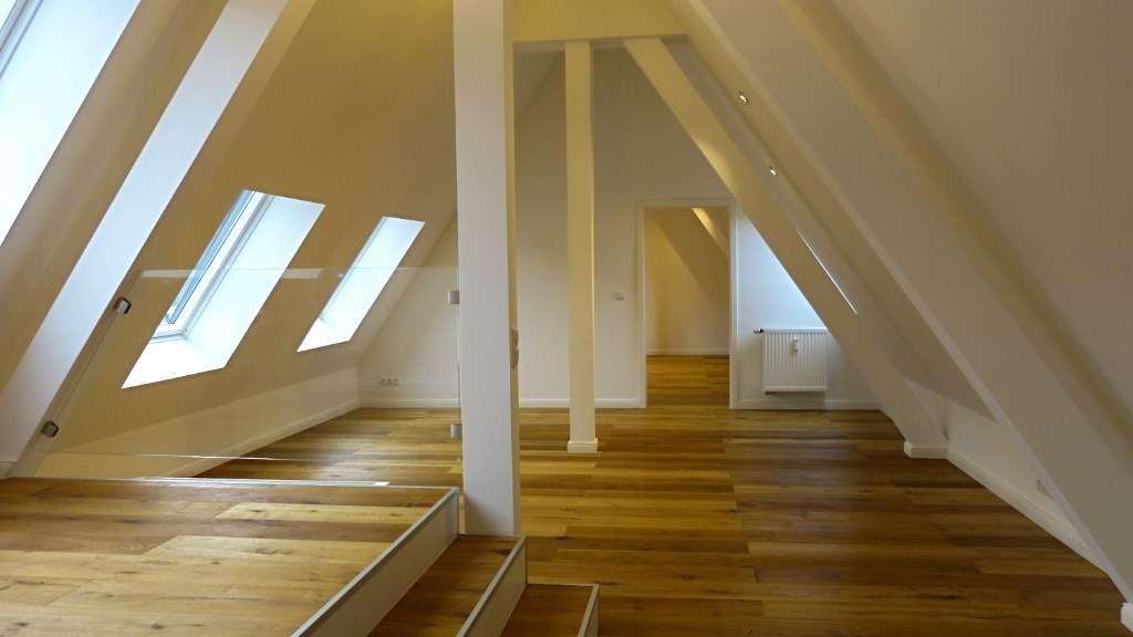 Freyung - denkmalgeschützt und saniert - sonnige 3 Zi. Maisonette Wohnung mit Burgblick in Altstadt (Landshut)