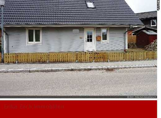 Neuwertiges Niedrig-Energiehaus - Nahe Ostsee - in 24257 Hohenfelde