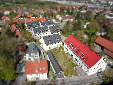 """Tolle 3-Zimmer-Wohnung m. Westbalkon im geschichtsträchtigen Wohnensemble """"Saliterhof"""" in Perlach (München)"""