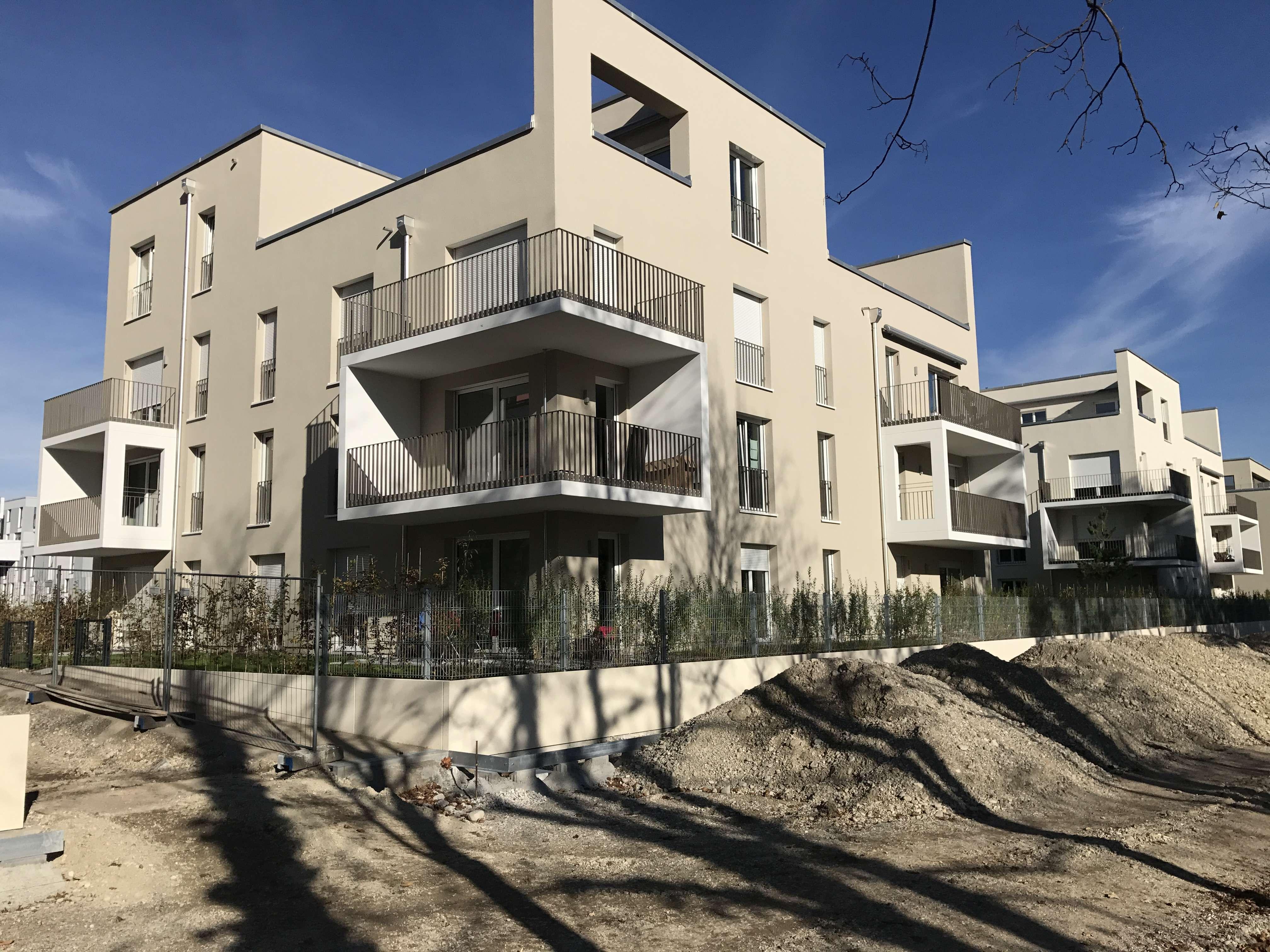 Exklusive, neuwertige 3-Zimmer-Wohnung mit Balkon und Einbauküche in Schwabing, München