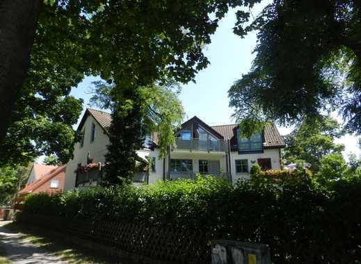 Schicke 2,5 Zimmer Wohnung mit Garten und Terrasse in Eichwalde !!