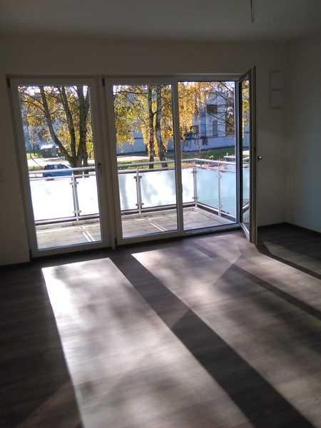 Erstbezug: sonnendurchflutete 3-Zimmer-Wohnung mit Balkon in Deggendorf in Deggendorf