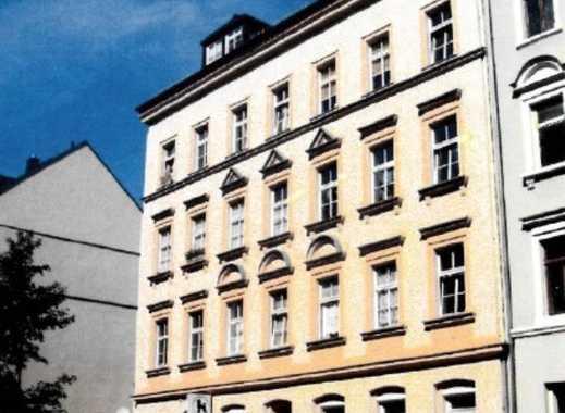 Brück Immobilien - Denkmalschutz - Vermietete 3 Zi.-Dachgeschosswohnung in Schloßchemnitz