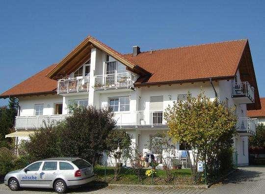 3.5 Zimmer OG Whg mit 2 großen Balkonen