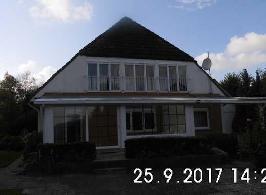 Schönes, geräumiges Haus mit acht Zimmern in Ostholstein (Kreis), Bosau