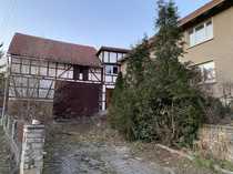 Haus mit Scheune und Stellplatz
