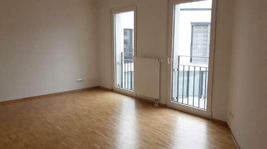 Wohnen in den Wallhöfen: Moderne 3-Zimmer Wohnung mit Balkon in Neustadt, Hütten 
