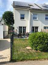 Tolle große Doppelhaushälfte sucht neue