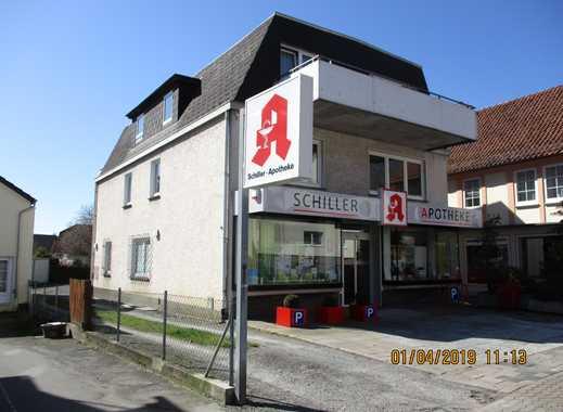 Wohnhaus mit 2 - 4 Zimmerwohnungen und einer Gewerbeeinheit in Bad Pyrmont