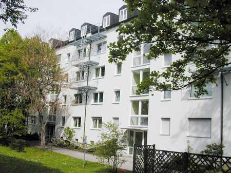 Geräumige, sonnige, sanierte 3-Zimmer-Wohnung in Fürstenried (München)