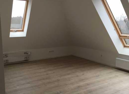 Moderne Dachgeschoss-Loftwohnung unweit der B76