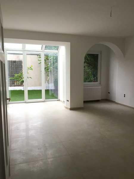 *Sendling*sanierte 2 Zimmer-Wohnung mit großem Garten*möbliert*Küche mit EBK*Bad mit Wanne*Parkett* in Obersendling (München)