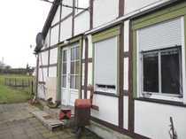 Bauernhaus mit Scheune und kleiner