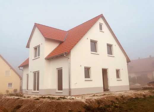 Lichtdurchflutetes Haus mit sechs Zimmern im Fränkischen Seenland