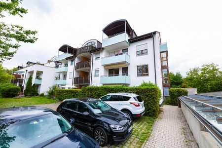 Stilvolle, gepflegte 3-Zimmer-Wohnung mit Balkon und Einbauküche in Rosenheim in Aising (Rosenheim)