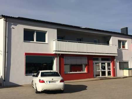 Schöne, geräumige fünf Zimmer Wohnung in Hemau Lkr. Regensburg in Hemau