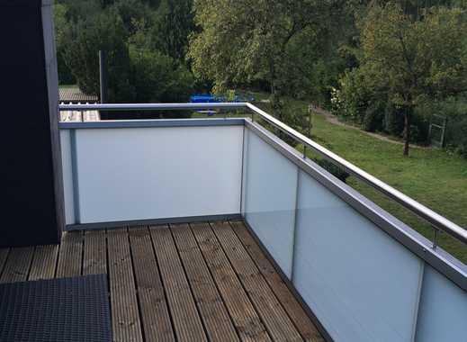 2,5 Raum Wohnung, 64 qm mit Balkon, möbliert, nach Renovierung zu vermieten