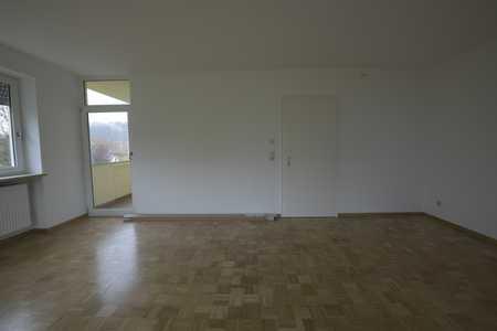Sanierte 4-Raum-Wohnung mit Balkon und Terrasse in Passau-Haibach in Innstadt (Passau)