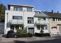 Exklusive 2-Zimmer-EG-Wohnung mit Balkon und