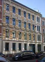 Bild 2-Raum-Wohnung mit Balkon, Tageslichtbad und Stellplatz im Hof zu vermieten !
