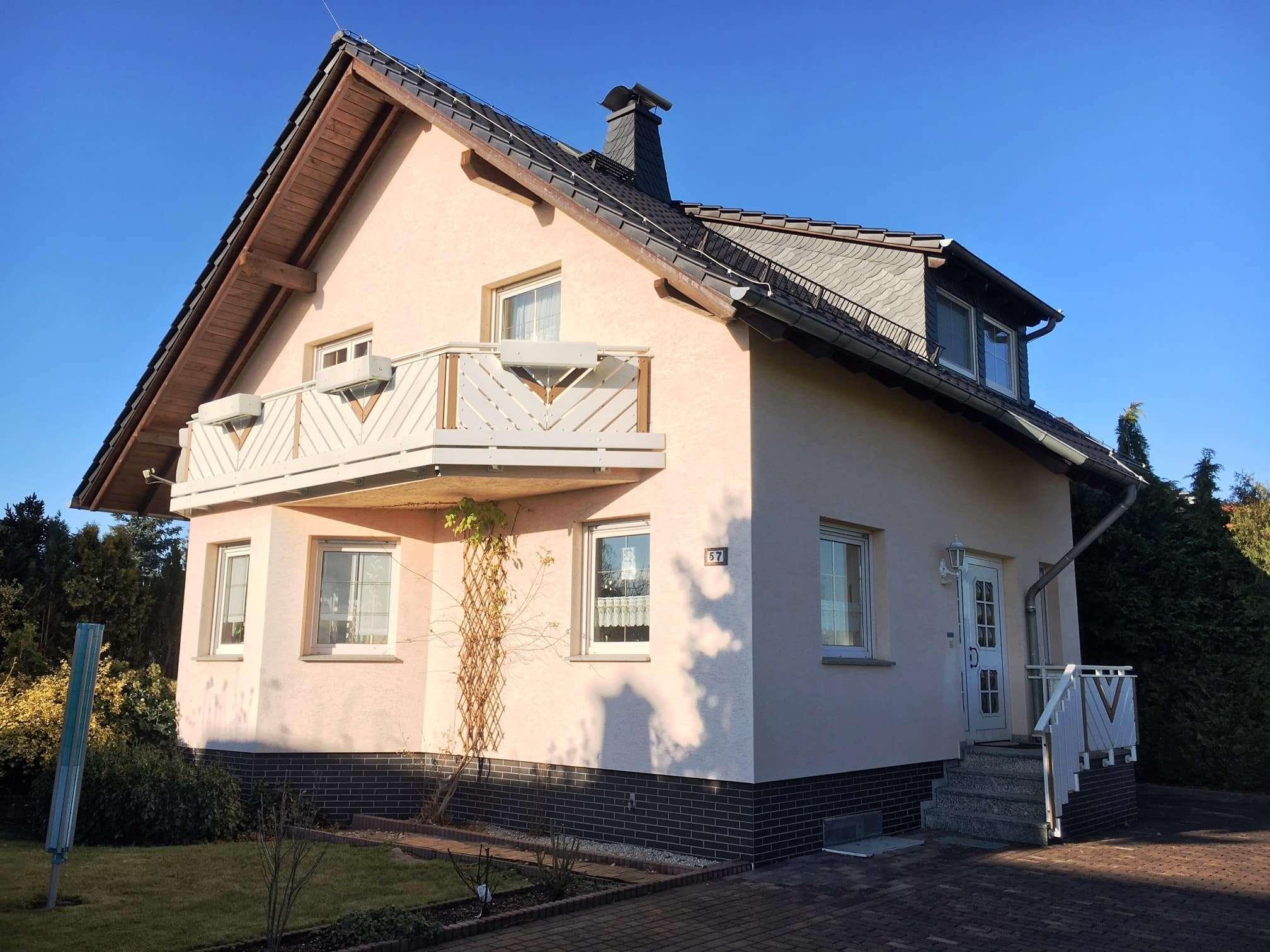 Wohnen am Rand einer Eigenheimsiedlung mit traumhafter unverbaubarer Fernsicht - Haus zum Kauf in Lampertswalde