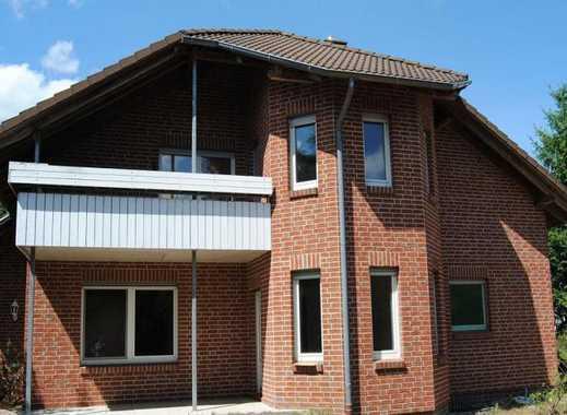 Großzügiges Wohnhaus für 1 oder 2 Familien in ruhiger Lage ...