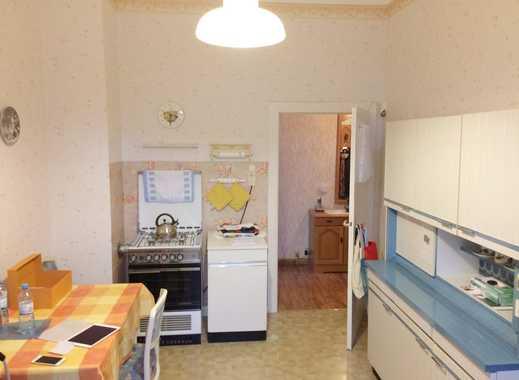+++ 2-Zimmer Wohnung, sehr günstig, Tageslichtbad, Möbelübernahme wünschenswert +++