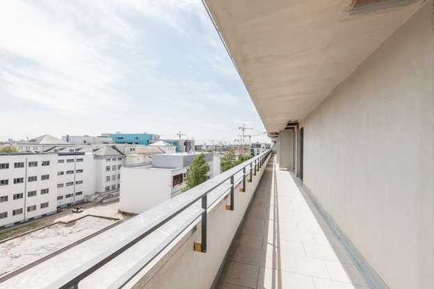 3 Zimmer Küche Bad Immobilien | Mitte Erstbezug Dachgeschoss In Mitte 2 Terrassen 3 Zimmer