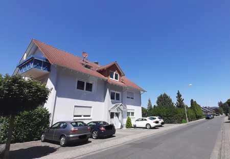 Sonnige 2-Raum-DG-Wohnung mit EBK und Balkon in Sulzbach am Main in Sulzbach am Main