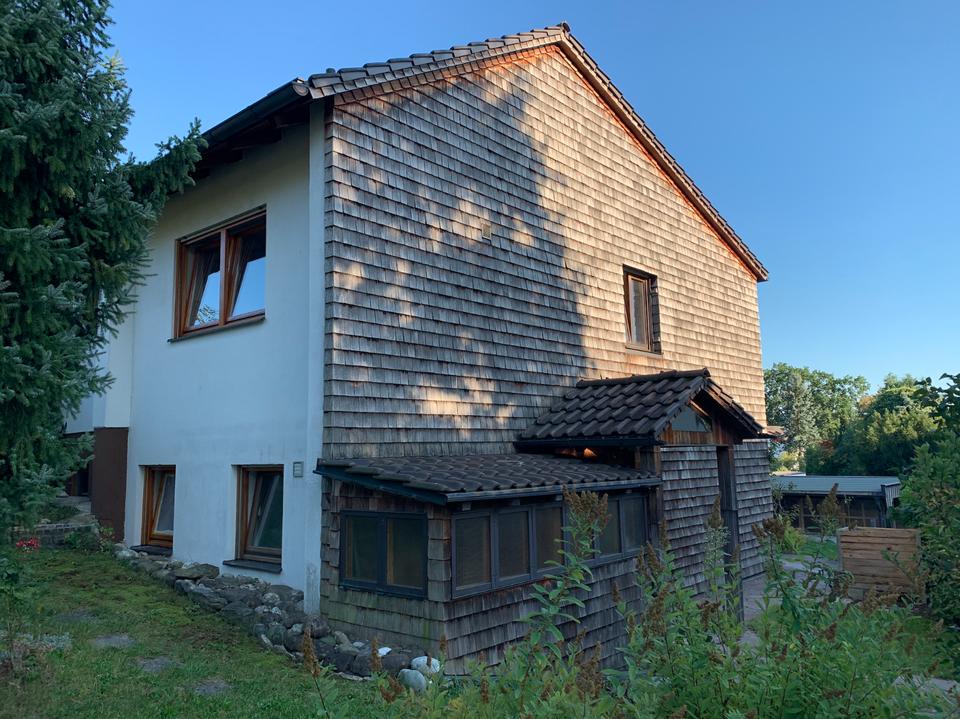 Gepflegte 1-Zimmer-Erdgeschosswohnung mit Terrasse und EBK in Ebersberg in