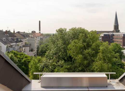2er WG Altbau - mit großem Balkon und ausgebauten Dachstuhl