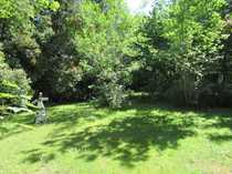 Freizeitgrundstück mit Gartenhäuschen