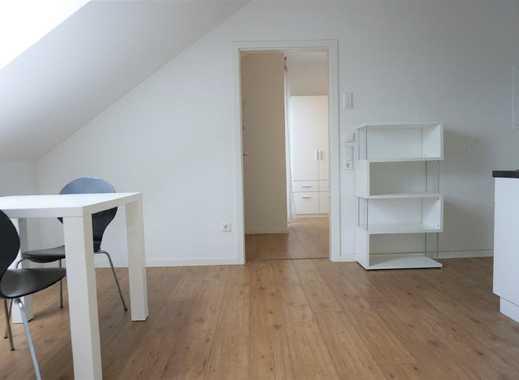 ARNOLD-IMMOBILIEN: Moderne, möblierte Wohnung