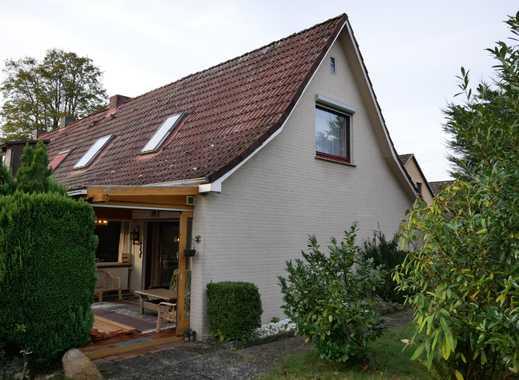Einfamilienhaus (grenzt an das vordere Haus an) + Keller + einem schönen Grundstück in ruhiger Lage