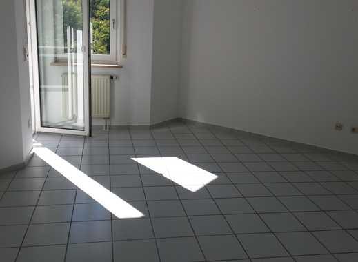 Sanierte 2-Zimmer-Wohnung am Weinberg