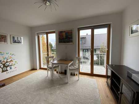 Helles, gemütliches Single-Appartement mit großem Balkon in München, Bogenhausen in Bogenhausen (München)