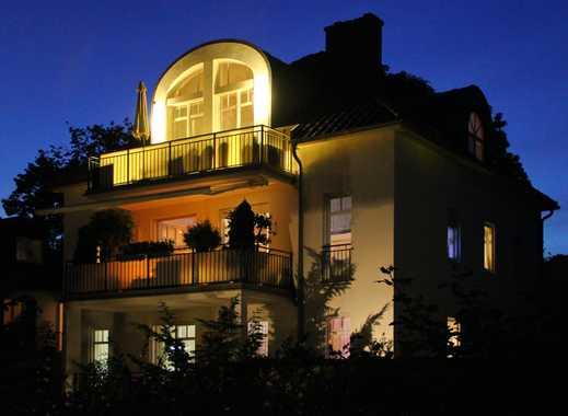 Exklusive, neuwertige 2,5-Zimmer-Penthouse-Wohnung in Wiesbaden