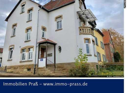 Schöne 3 ZKB Dachgeschosswohnung mit KFZ-Stellplatz in Meisenheim zu vermieten