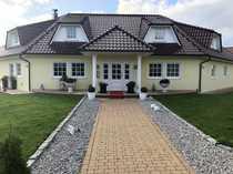 Sehr schönes geräumiges Haus mit