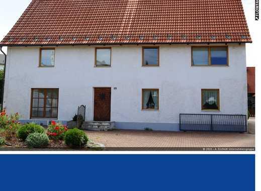 3-Familienhaus mit riesiger Ausbaureserve im Dachgeschoss