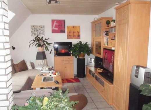 Außergewöhnliche, helle 4-Zimmer-Dachgeschoss-Wohnung mit Gartenanteil in zentraler, ruhiger Lage.