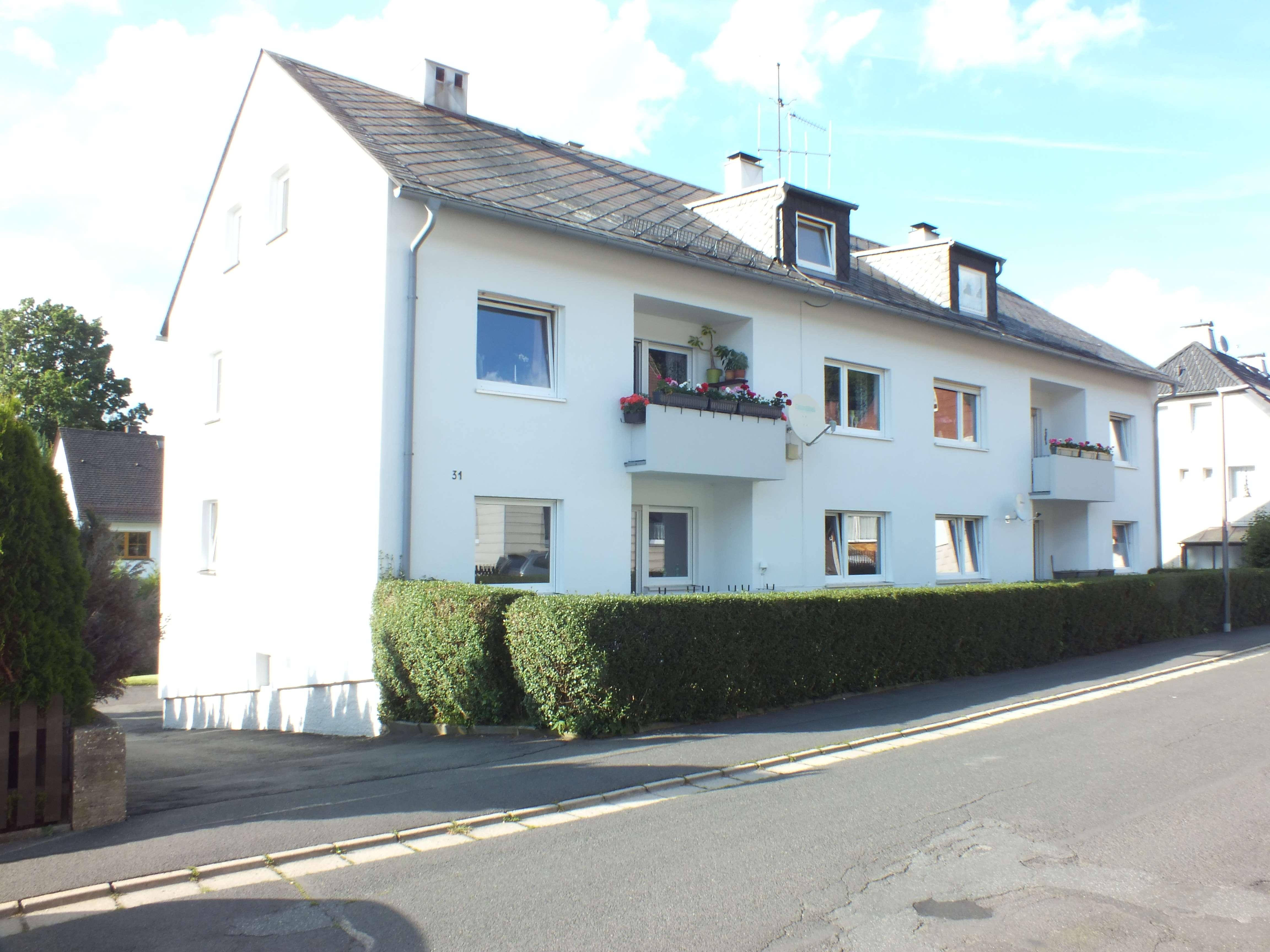 Marktredwitz 4 Zimmer Wohnung mit Balkon und Gartenanteil zur Miete